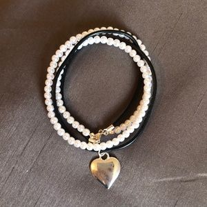 💕2 FOR 10💕 Pearl /leather bracelet and necklace